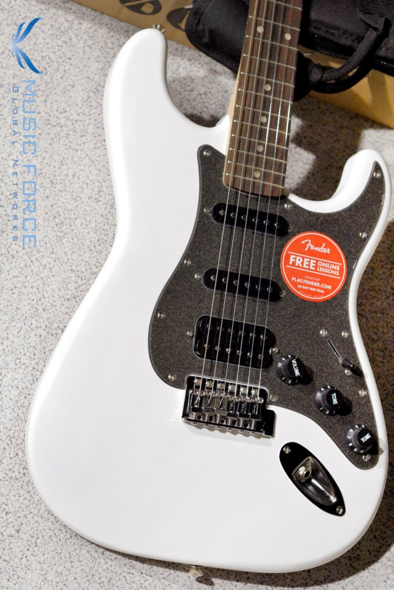 Squier Affinity Stratocaster SSH-OWT w/Indian Laurel FB (2018년산/신품)